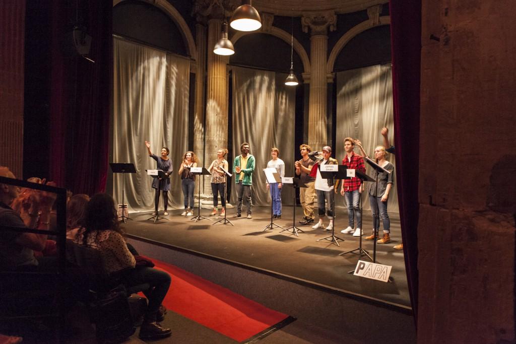 Lecture Pronom d'Evan Placey par les élèves du conservatoire de Grenoble