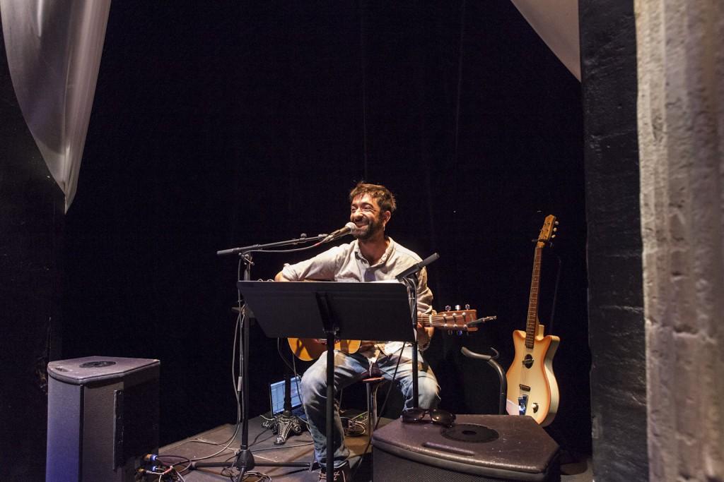 Carte musicale par le musicien Arash Sarkechik